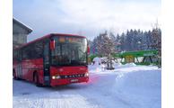 -Auch bei schwierigen winterlichen Straßenverhältnissen sind die Fahrer der Ski- und Winterbusse unterwegs. Foto: Landratsamt/ÖPNV