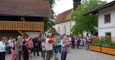 Die Dorfgemeinschaft Altnußberg wurde beim letzten Dorfwettbewerb Bezirkssieger und verpasste die Goldmedaille im Landesentscheid 2012 nur knapp. Foto: Landkreis Regen, Eder.
