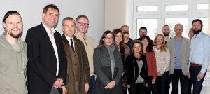 Die Teilnehmer des JaS-Projektbeiratstreffens in der vhs Arberland. Foto: Langer/Landkreis Regen