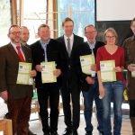 Sie nahmen für die Natura2000-Partnerschaft die Urkunden entgegen. Fotos: Langer/Landkreis Regen