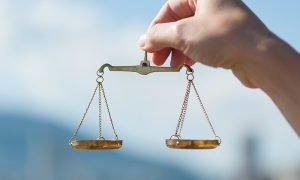 Wahl der ehrenamtlichen Richterinnen und Richter. Foto: © beeboys / Adobe Stock