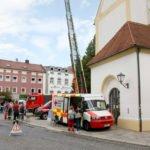 Das Impfmobil machte am Stadtplatz in Viechtach halt. Foto: Langer/Landkreis Regen