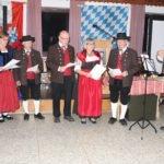 Die Stammtischsänger aus Allersdorf und Kollnburg unterhielten die Gäste. Foto: Langer/Landkreis Regen