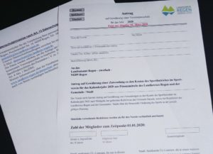So sieht der Antrag zur Förderung durch den Landkreis aus. Vereine, die keine Anträge stellen, lassen sich möglicherweise eine Förderung entgehen. Foto: Langer/Landkreis Regen