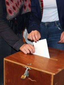 Die U18-Wahlen sollen die Meinung von Kindern und Jugendlichen zu Gehör bringen. Foto: Langer/Landkreis Regen